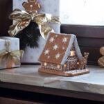 V&B Winter Bakery Decoration mécsestartó, Mézeskalács házikó